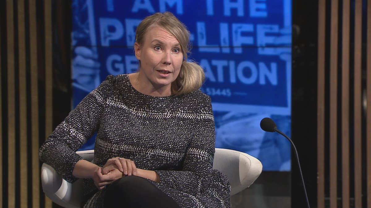 UN Women Suomen toiminnanjohtaja Jaana Hirsikangas A-studiossa.