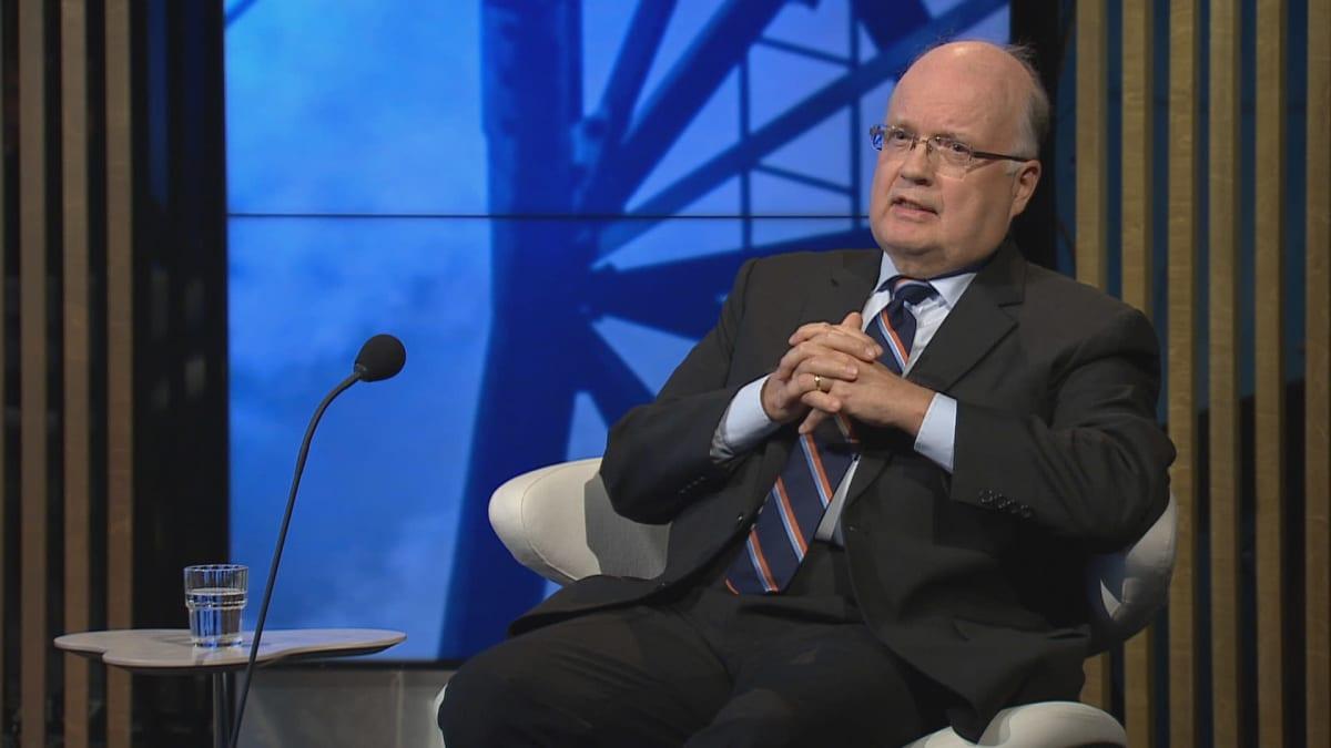Professori Peter Lund A-Talkissa.