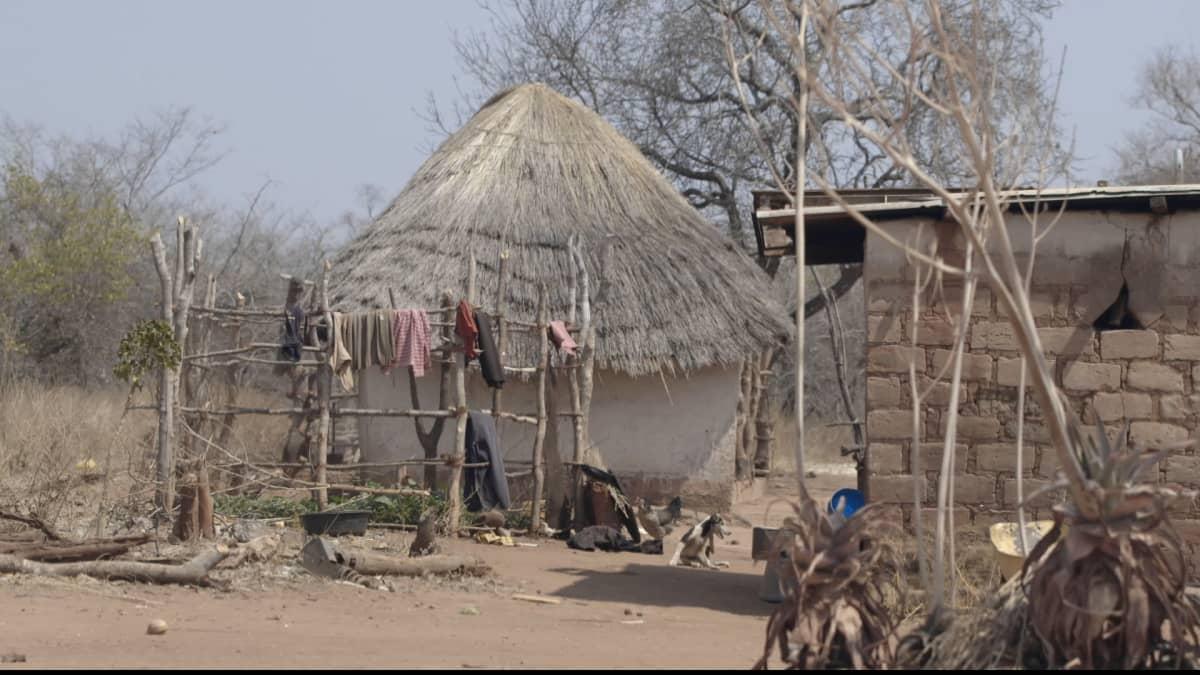 By på landsbygden i Zambia.