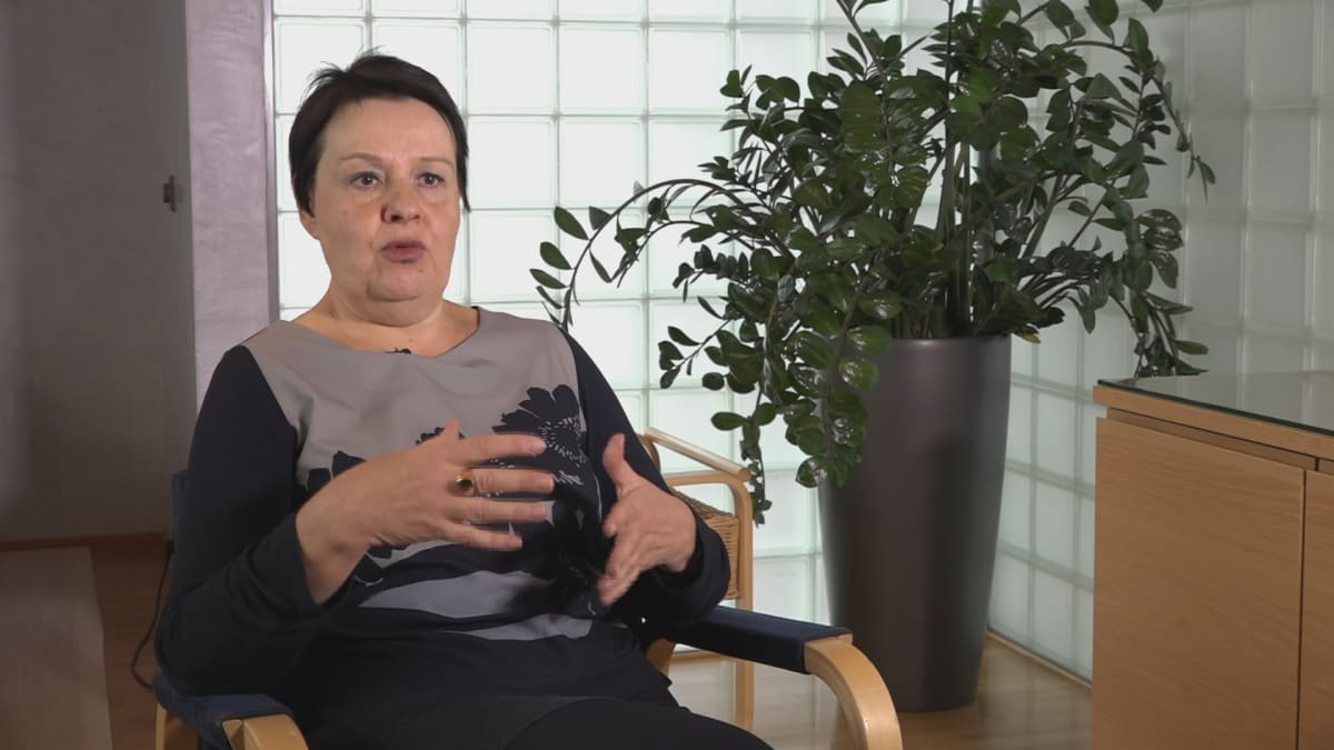 Kansliapäällikkö Kirsi Varhila.