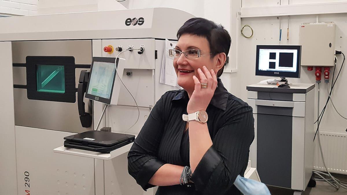 Laser työstön ja 3D -tulostuksen professori Heidi Piili