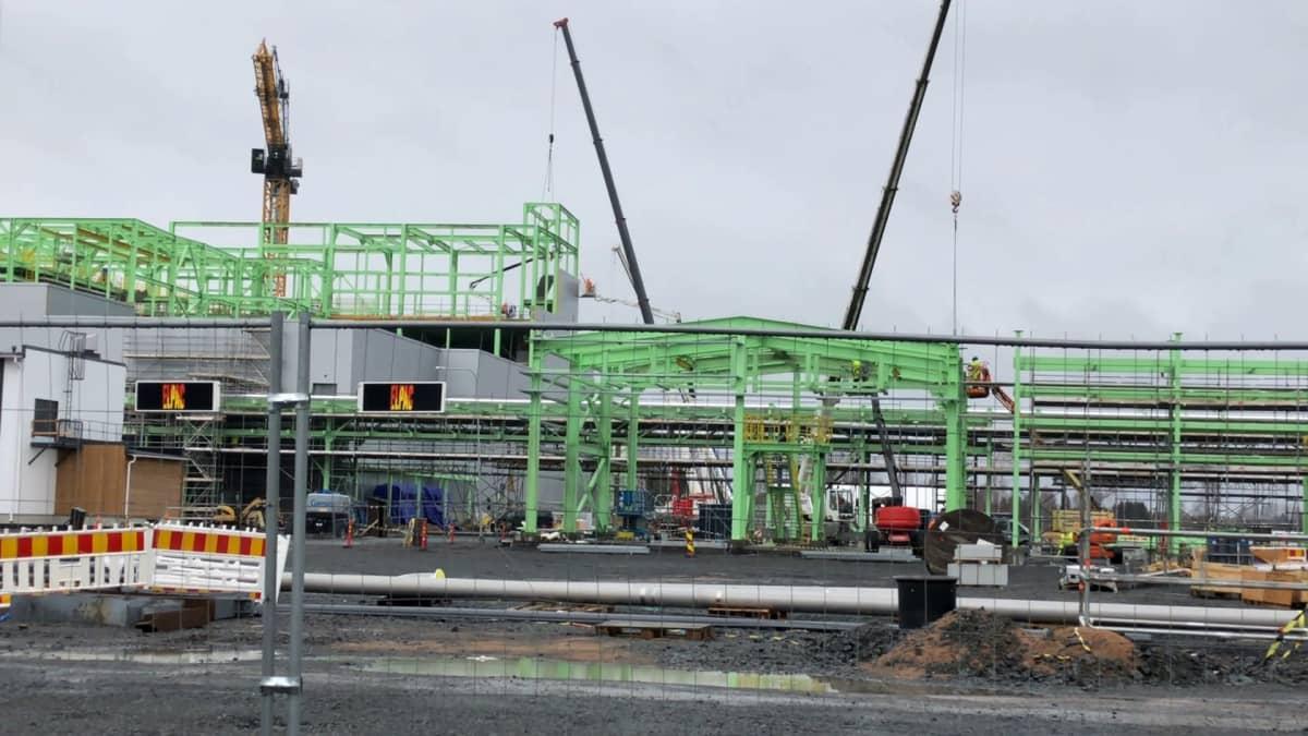 BASF:in akkumateriaalitehdas valmistuu Harjavallassa 2022.