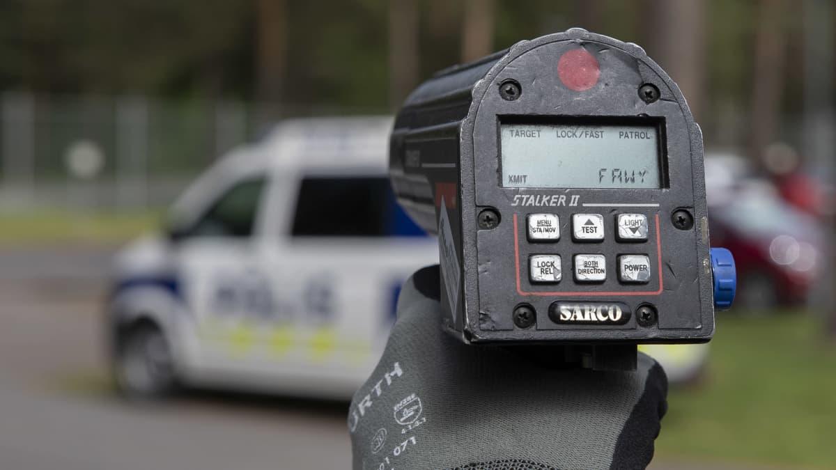 Poliisin nopeusvalvontatutka