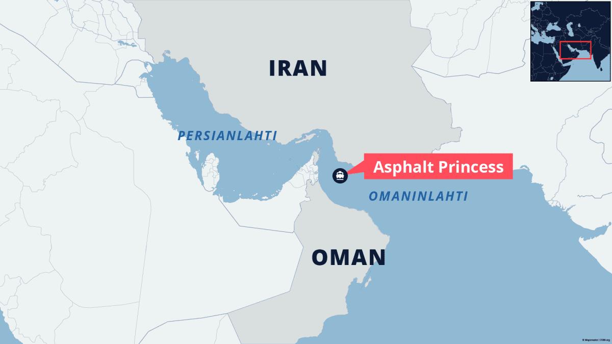 Asphalt Princess -laiva sijaitsee Omaninlahdella Omanin ja Iranin rannikolla.