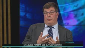 Kansanedustaja Arto Satonen (kok.) keskusteli A-Talkissa EU:n elpymispaketista.