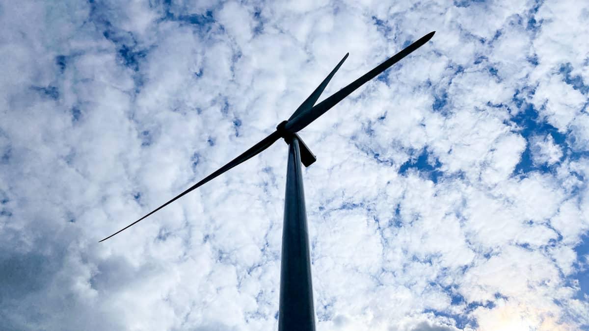 Tuulivoiman lisääntyminen Suomessa ja muissa Pohjoismaissa on jo mullistanut sähkömarkkinat. Sääriippuvainen tuotanto kasvattaa hintavaihteluja yhä enemmän.