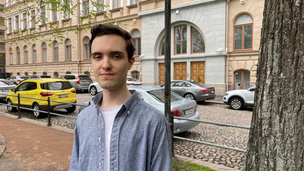 11 Laudaturin ylioppilas Alex Halme.