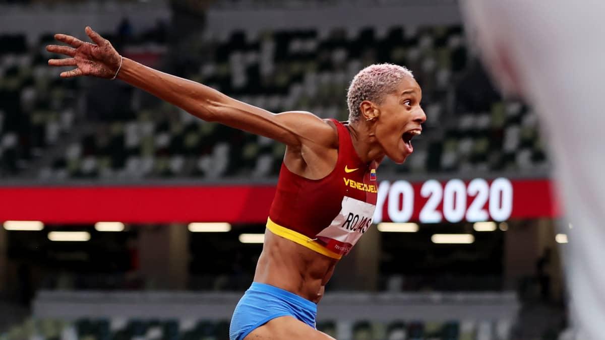 Yulimar Rojas loikki mielettömän maailmanennätyksen!