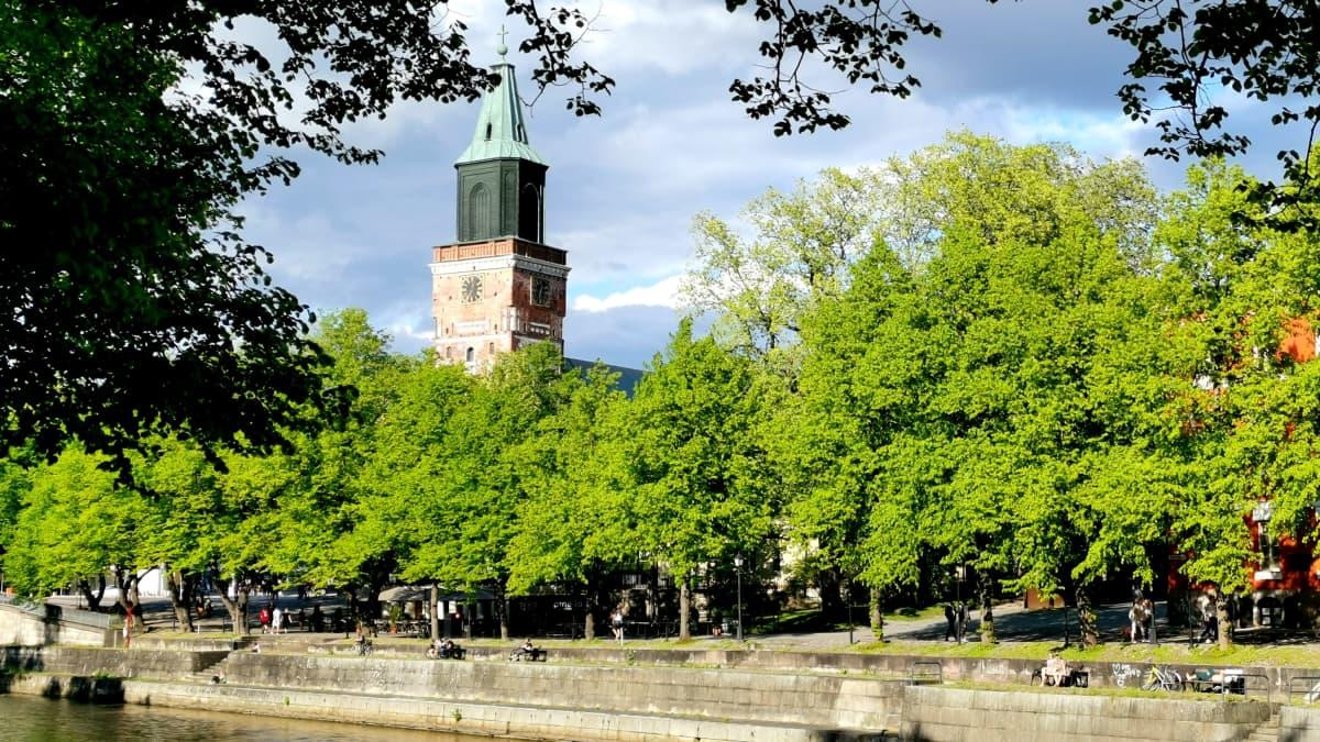 Turun Tuomiokirkko, Aurajoki.