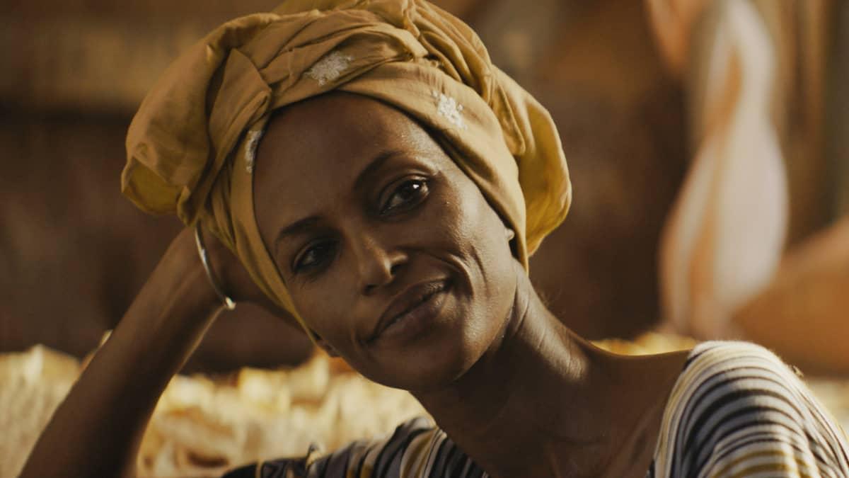 Nasra (Yasmin Warsame).