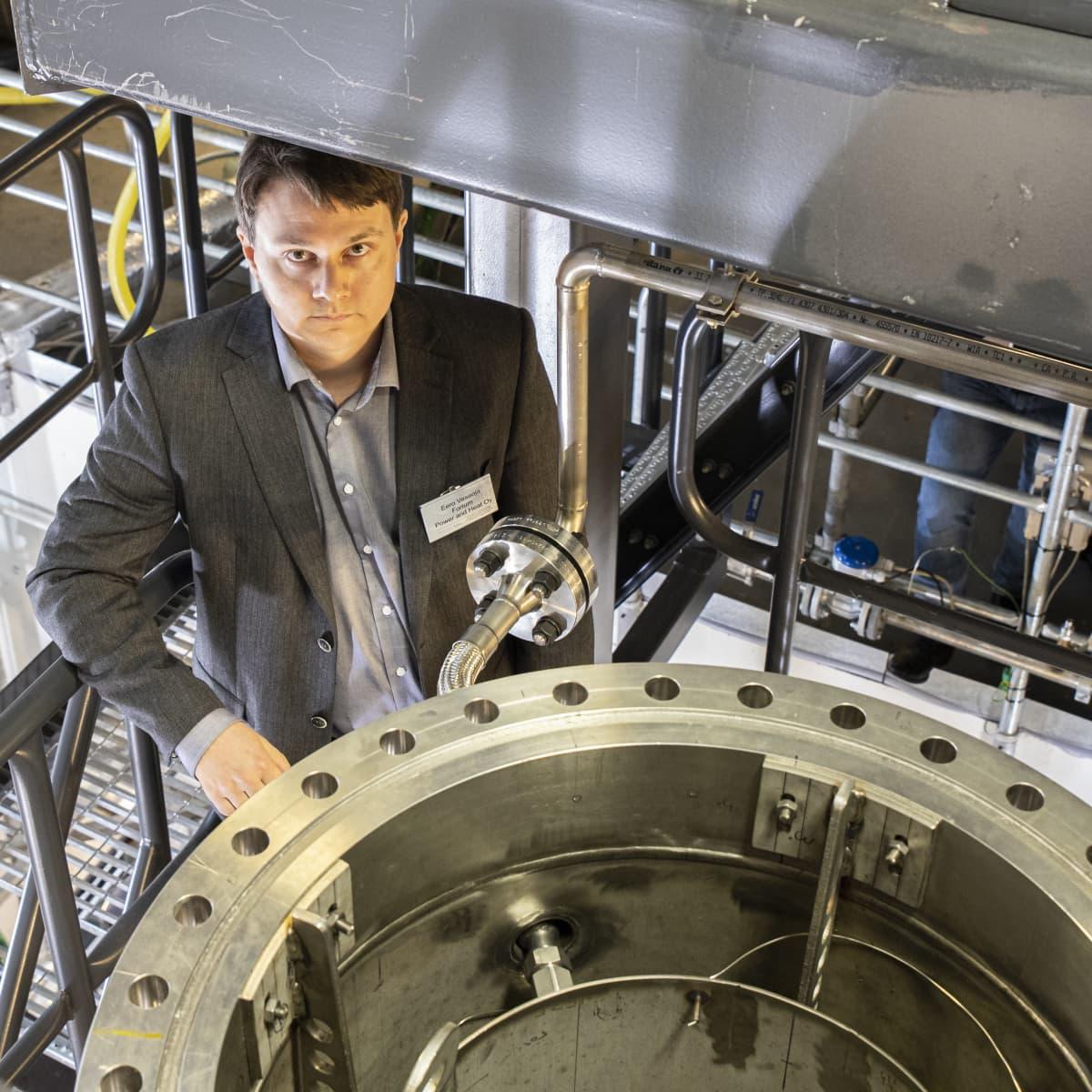 Fortumin ydinvoimatutkimuksen ja tuetokehittelyn päällikkö Eero Vesaoja uskoo, että pienydinvoimaloita on käytössä kymmenen vuoden kuluttua.