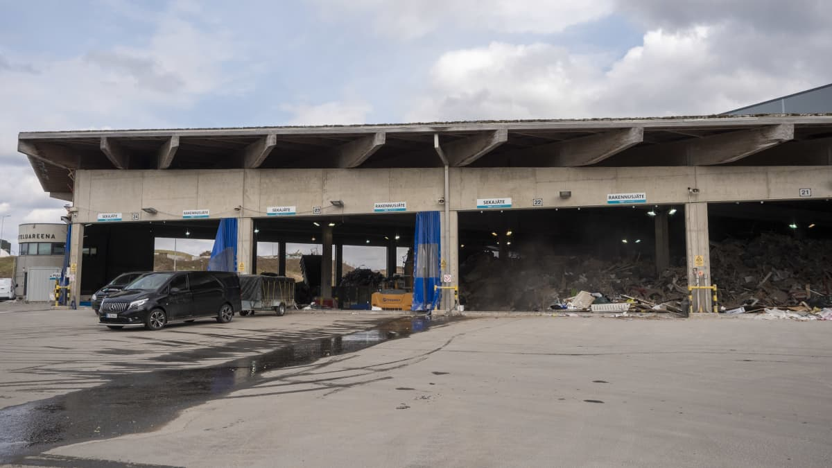 Ruskon jätekeskuksen sekajäte rakennus