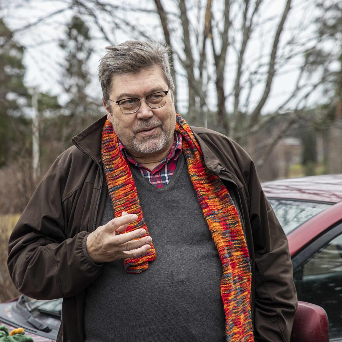Psykiatri Antti Henttonen