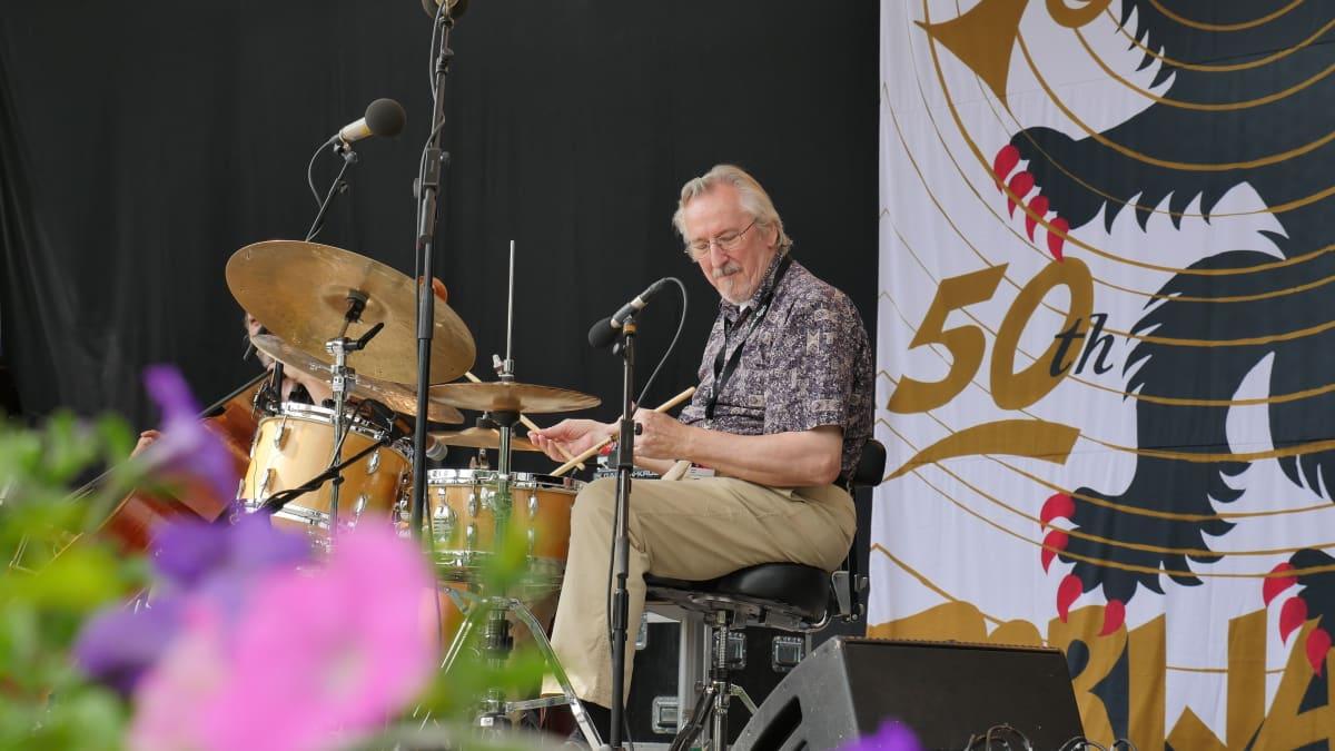 Reino Reiska Laine på Pori Jazz 2015, närvarande för 50:e gången i rad.