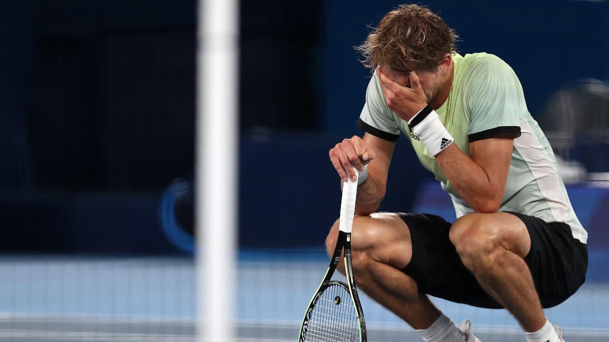 Novak Djokovic ei onnistunut Golden Slamissa – katso kukistajan tunteikkaat reaktiot