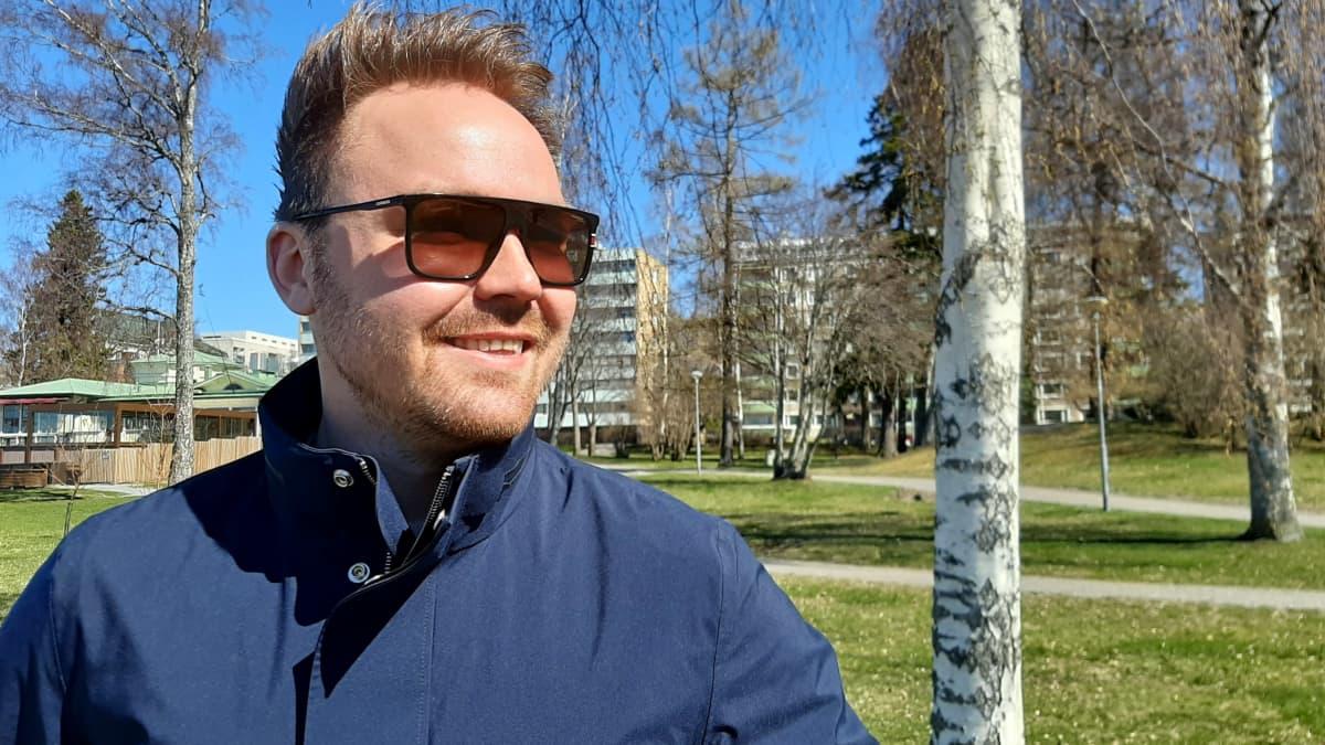 Tommi Mäen katseet ja odotukset ovat elokuun Vaasa Festivalissa, vaikka Seinäjoen Solarsound onkin peruttu ja Turun Aura Festin toteutuminen ei ole vielä aivan varmaa.