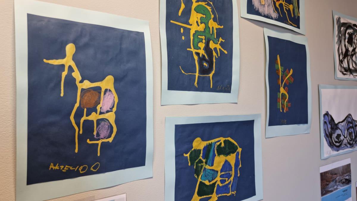 Kettupajan taidenäyttelyn teoksia