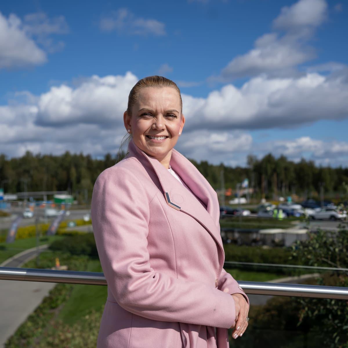 AKT:n ammattiosaston 208 ja SLSY:n puheenjohtaja Marianne Arteva, Espoo, 3.9.2021.