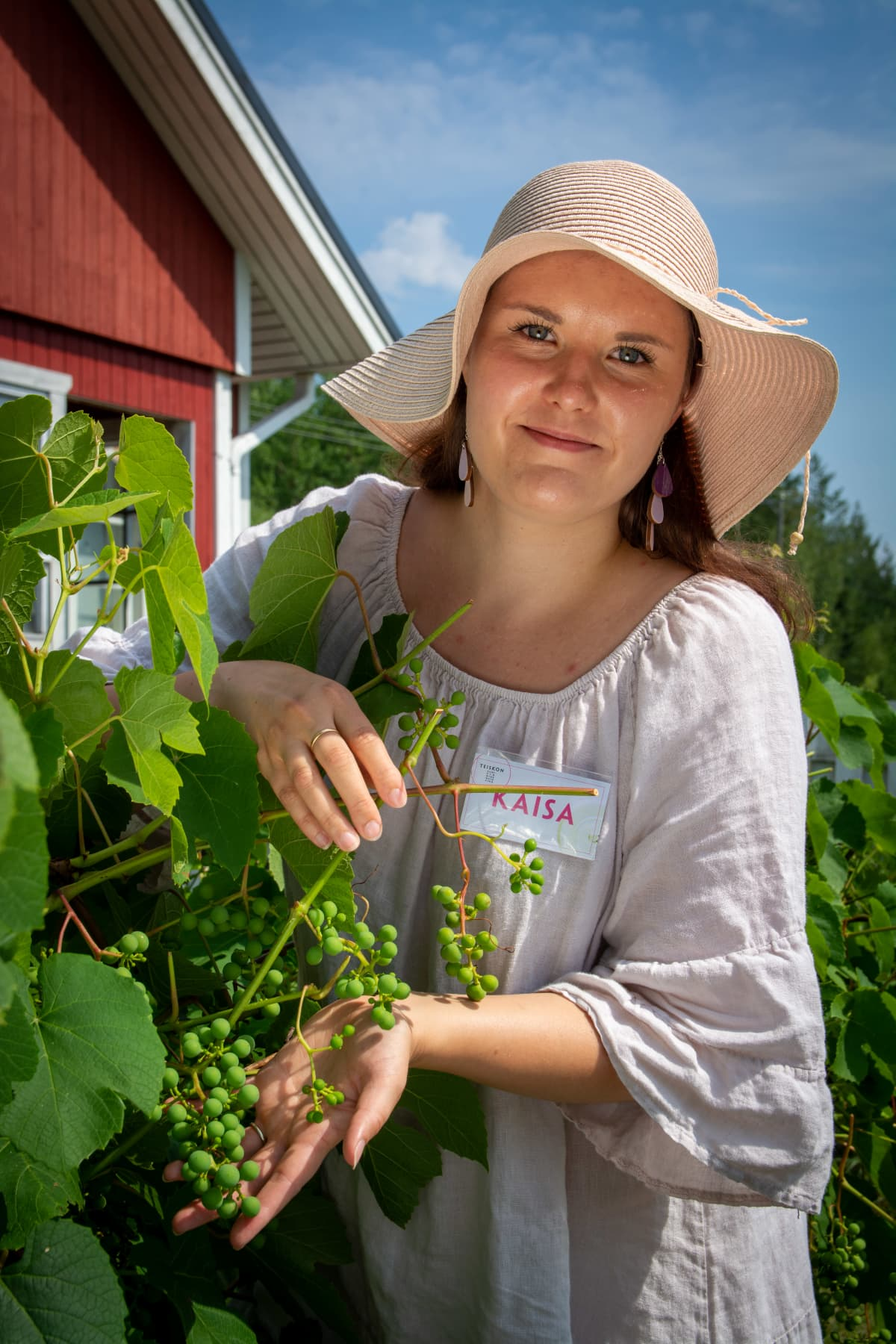 Kaisa Auer ja viinirypälepensas