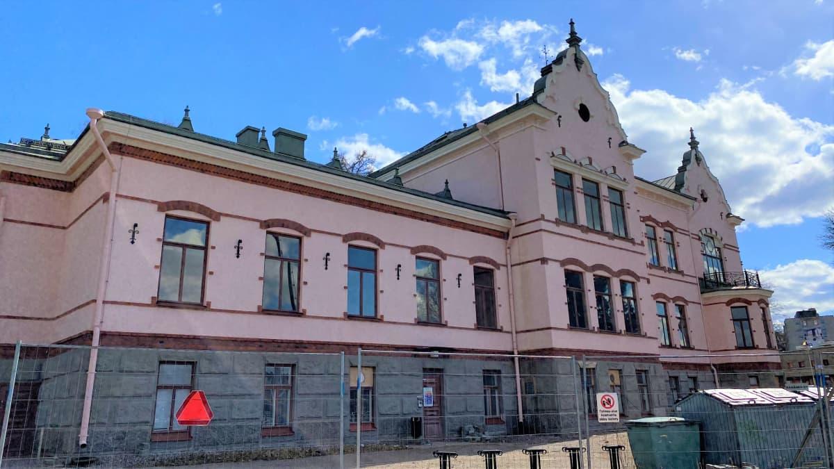 Lahden historiallinen museo huhtikuun lopussa 2021