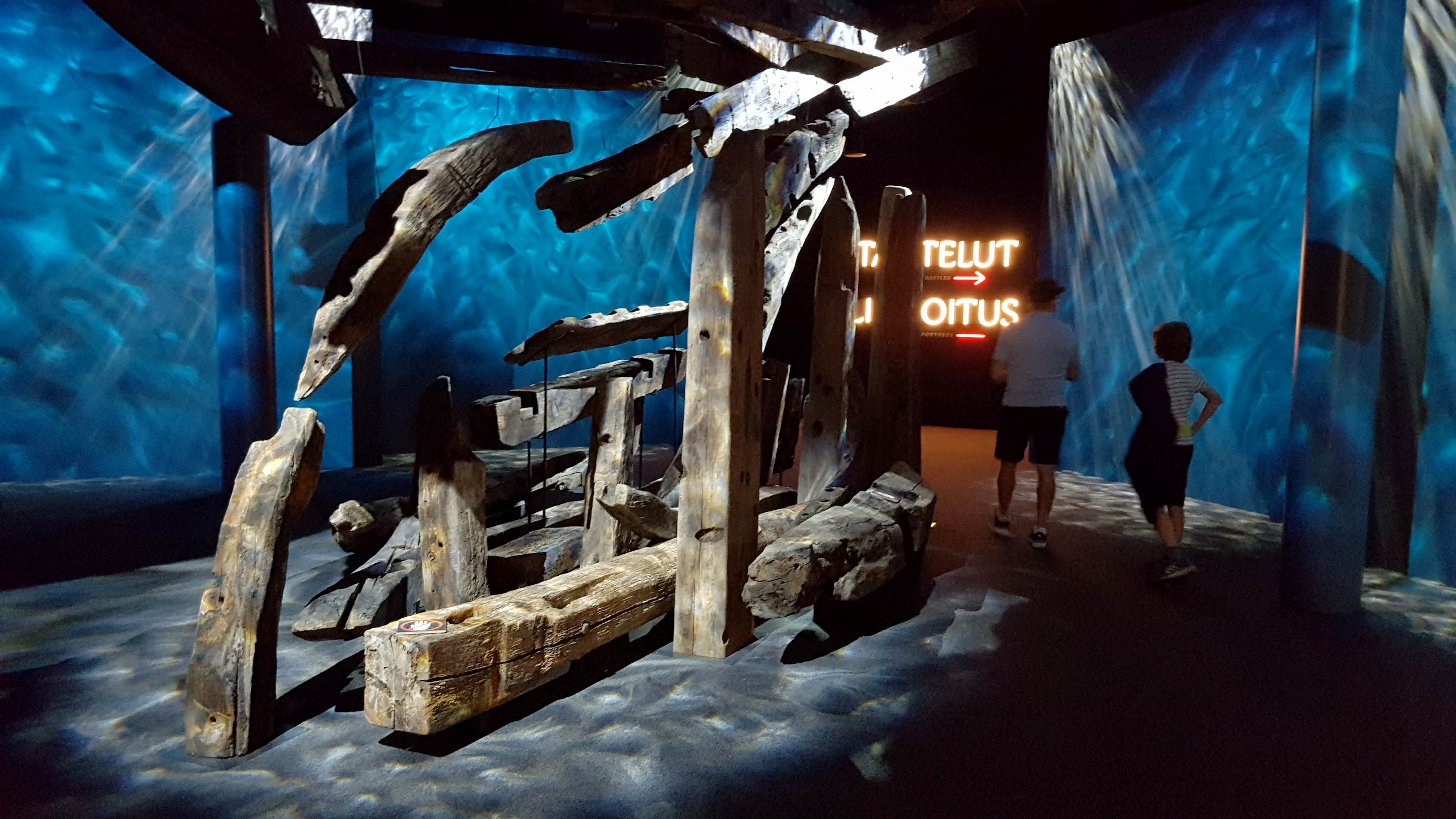 230-vuotias St. Nikolain hylky on näyttävästi esillä Merikeskus Vellamossa