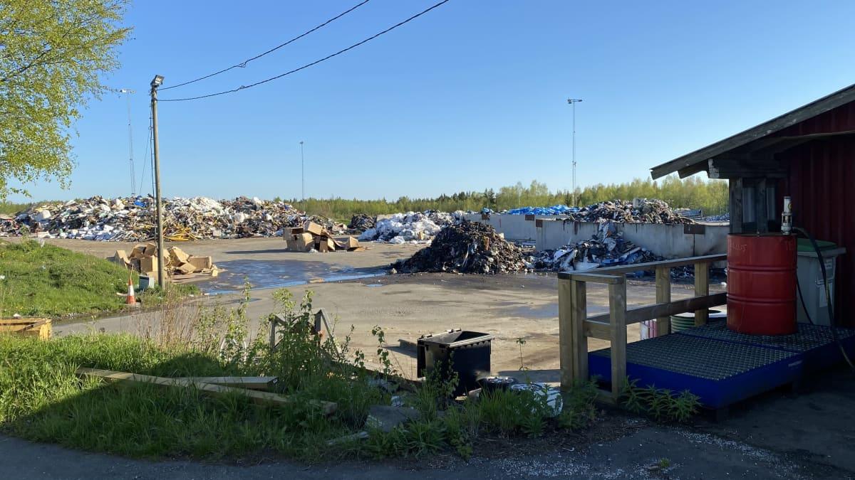 Jätekasoja Storkohmon jäteasemalla