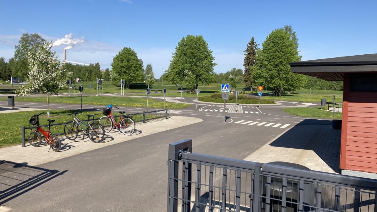 Oulun liikennepuisto Hollihaassa.
