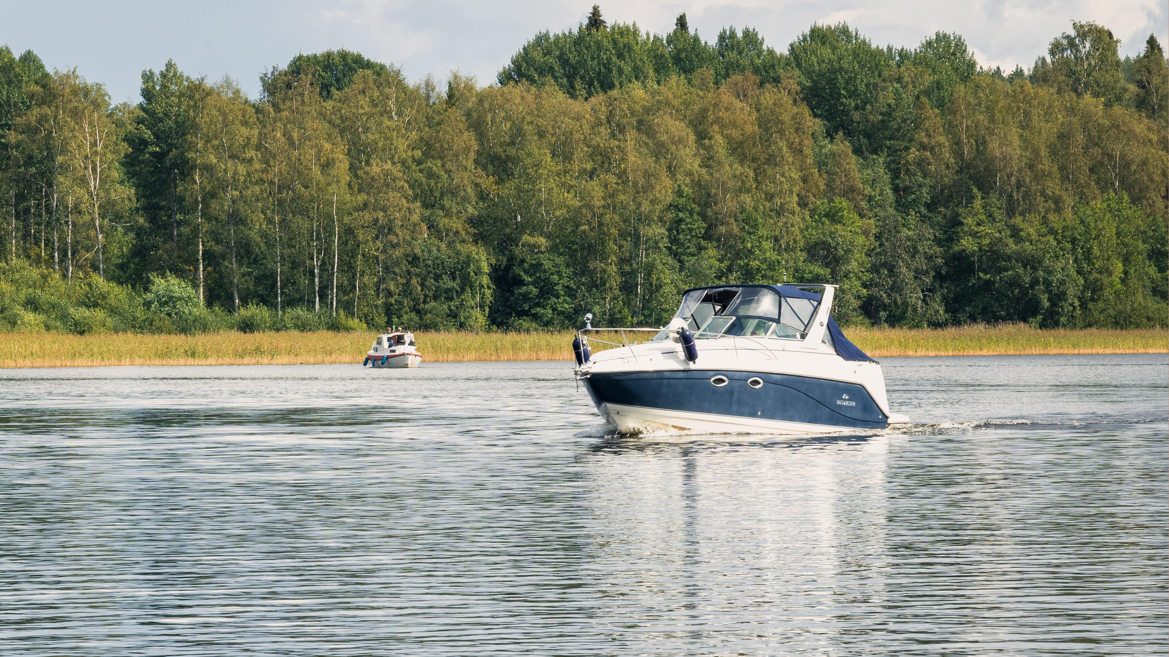 Veneitä vesillä Jyväskylässä.