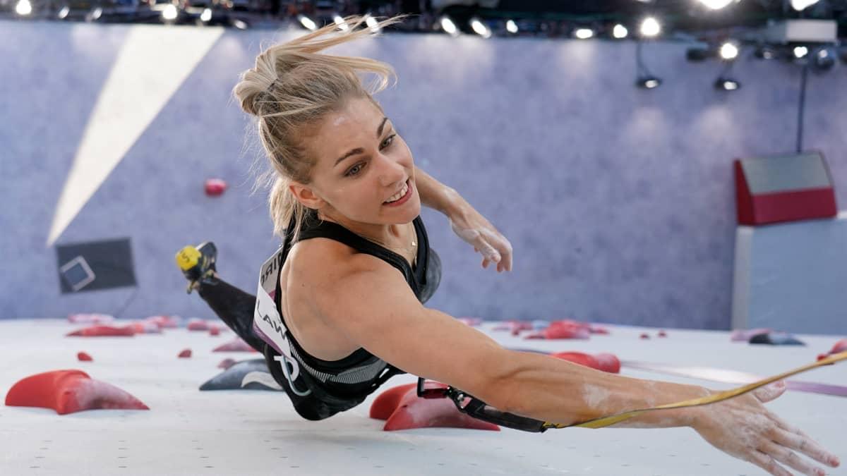 Onko tässä olympialaisten uusi suosikkijlaji? Katso dramaattinen tilanne nopeuskiipeilyssä