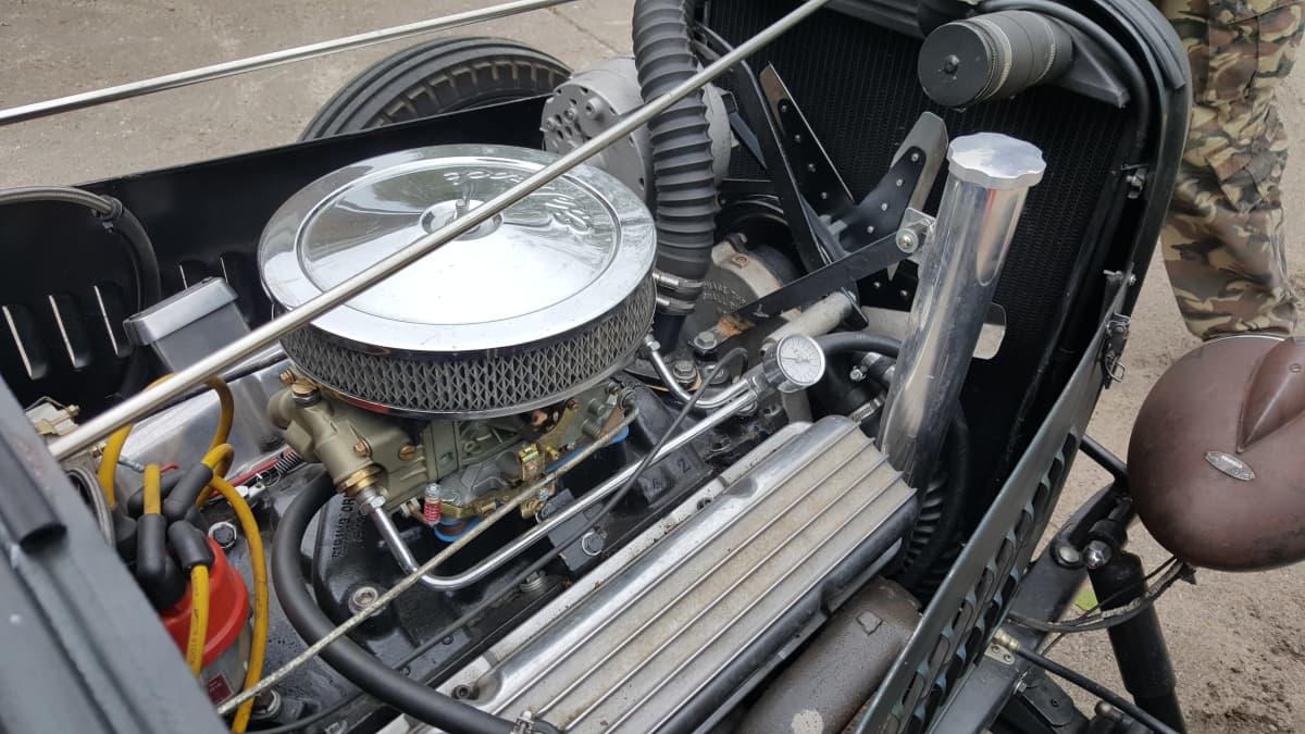 Ford 1928 uusittu moottori