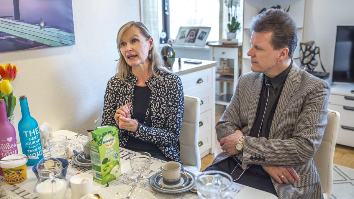 Jukka ja Asta Palonen ovat olleet yhdessä 28 vuotta.