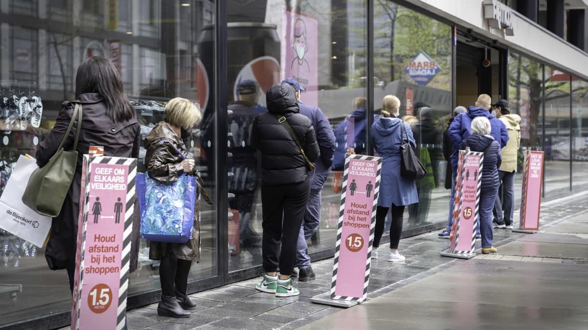 Koronarajoitukset Rotterdamissa
