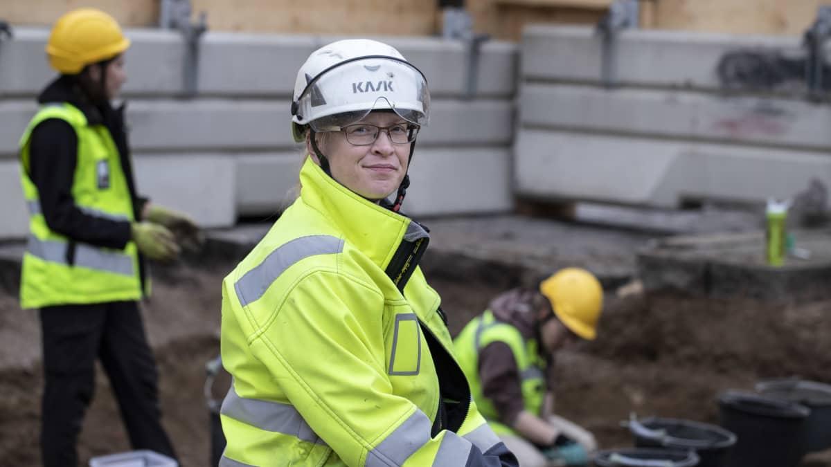 Tuija Väisänen, tutkija, Museoviraston arkeologiset kenttäpalvelut