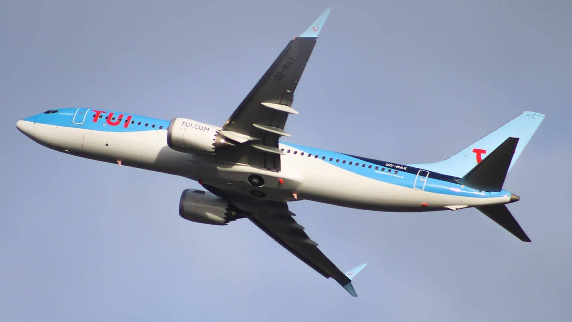TUI flyn Boeing 737 MAX nousee ilmaan Brysselin lentokentältä