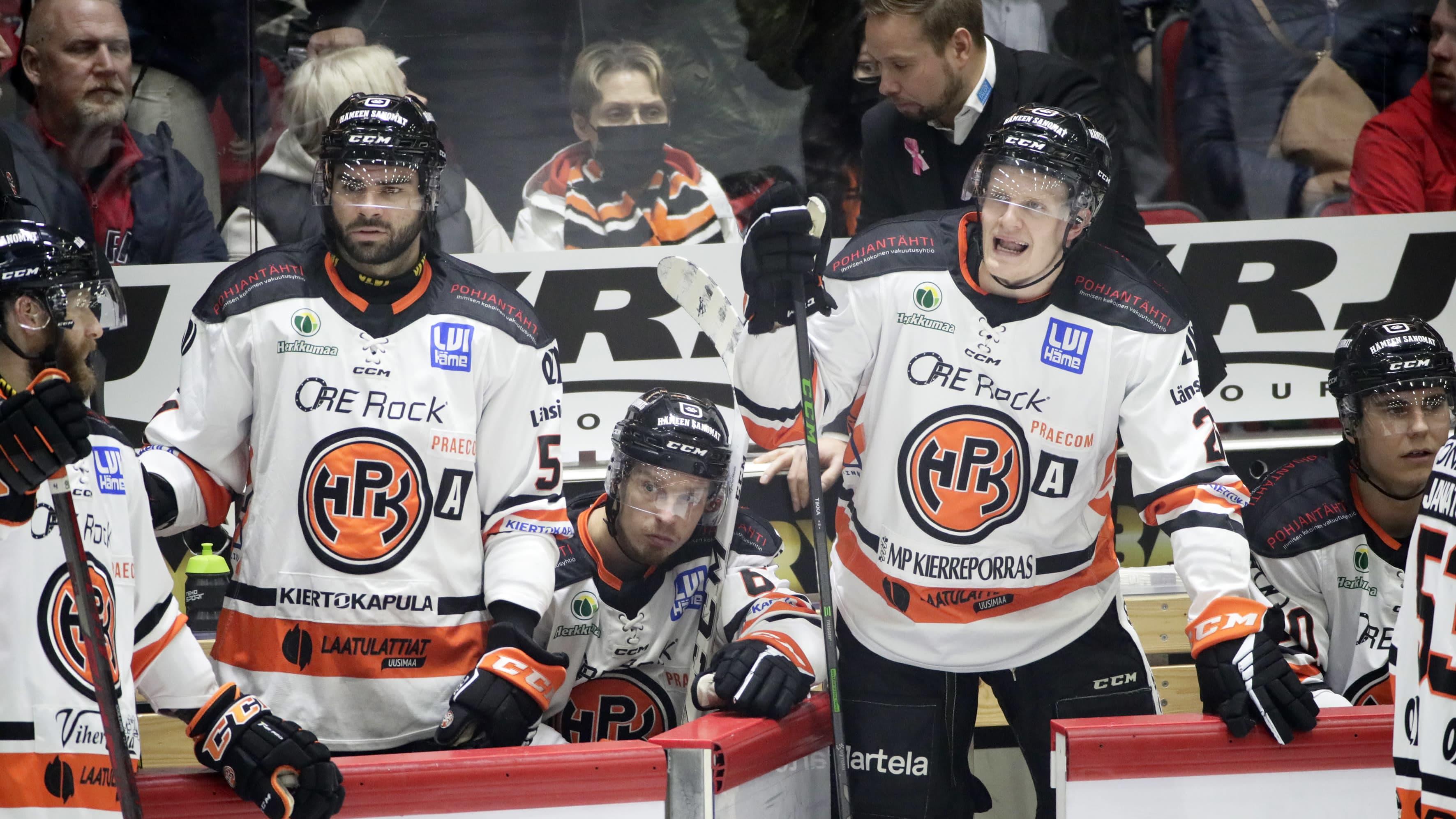 Kuvassa HPK:n Tommi Tikka (oikealla) ja Philippe Cornet