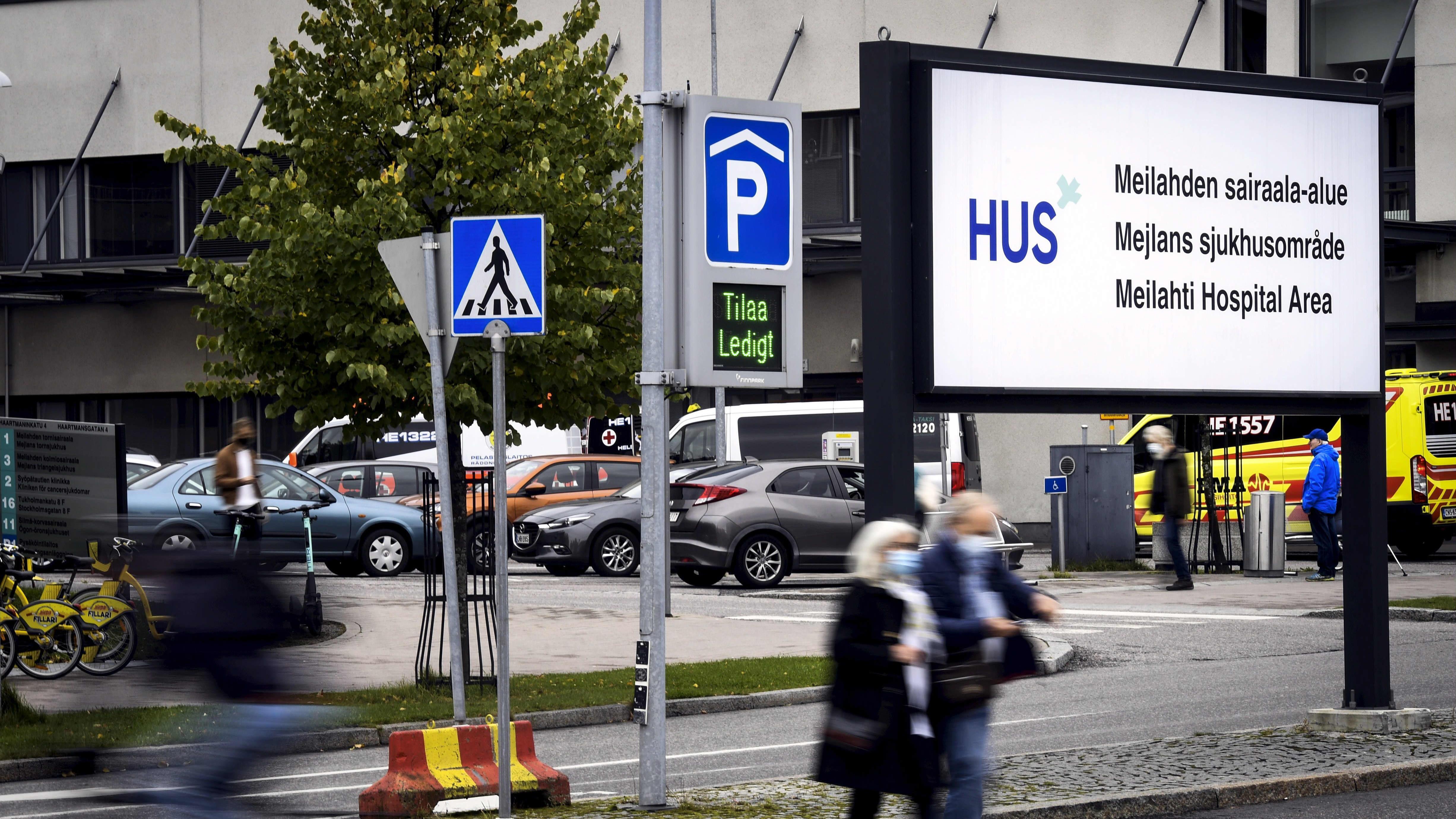 Helsingin ja Uudenmaan sairaanhoitopiirin HUS:in Meilahden sairaala-alue Helsingissä 7. lokakuuta 2020.