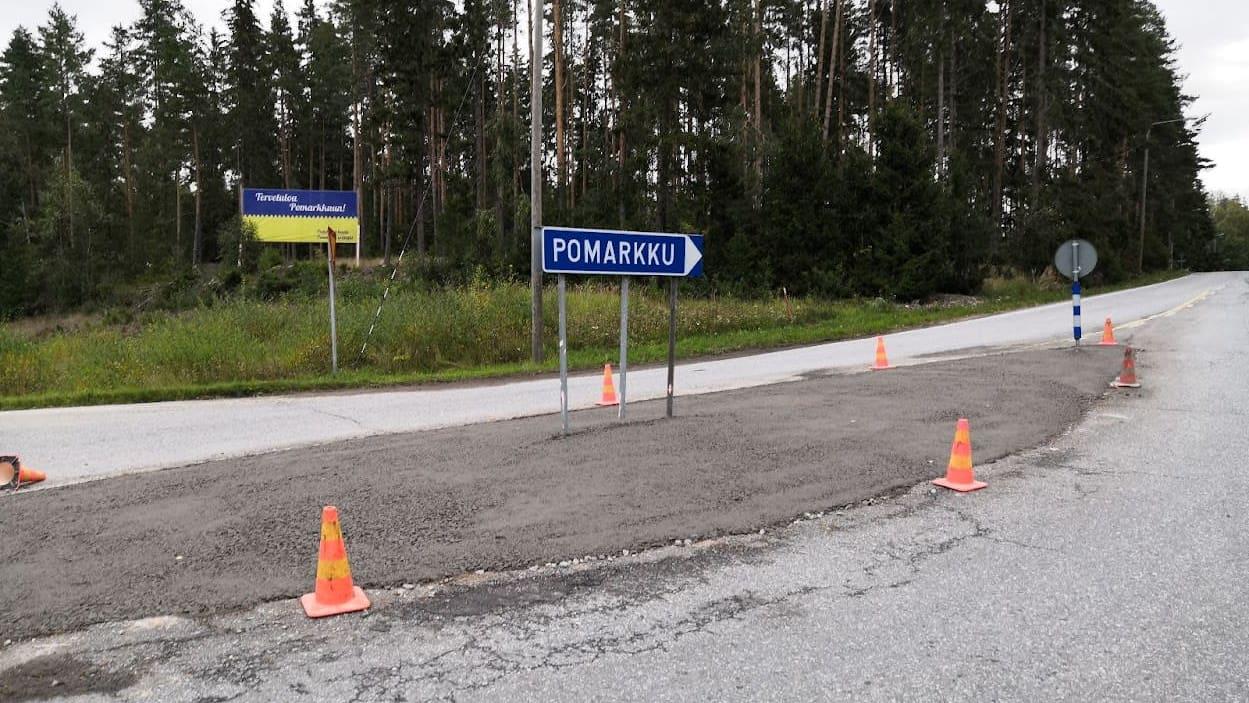 Liikenteenjakaja Pomarkussa