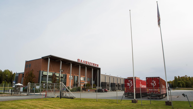 Saarioisten tuotantolaitos ja keskuslähettämö Valkeakoskella.