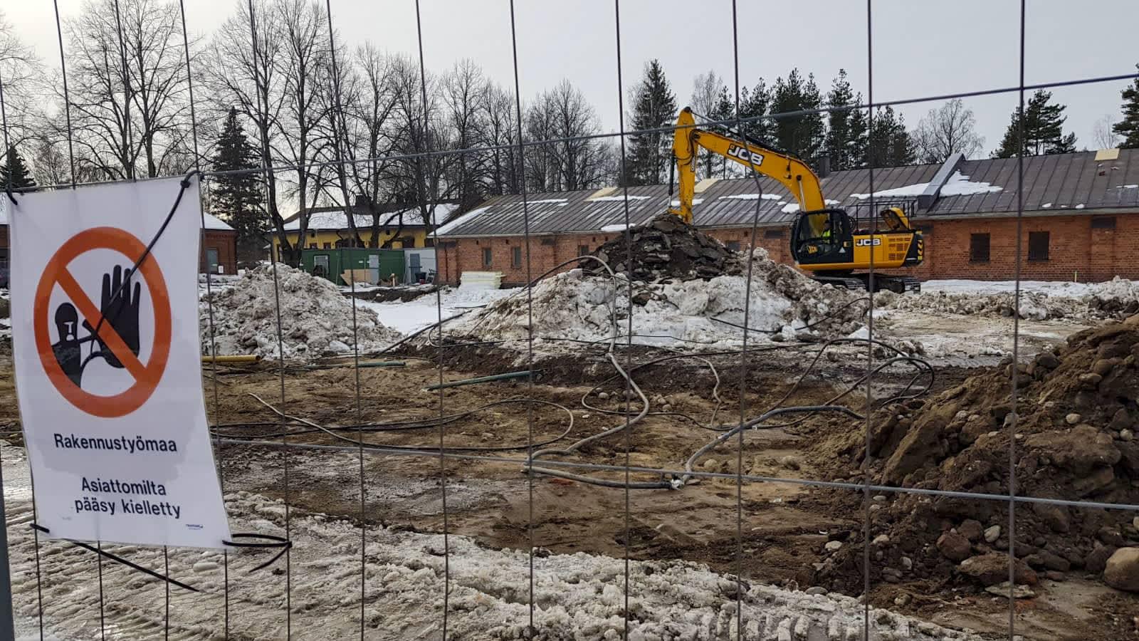 Rakuunamäen päiväkodin rakennustyömaa Lappeenrannassa.