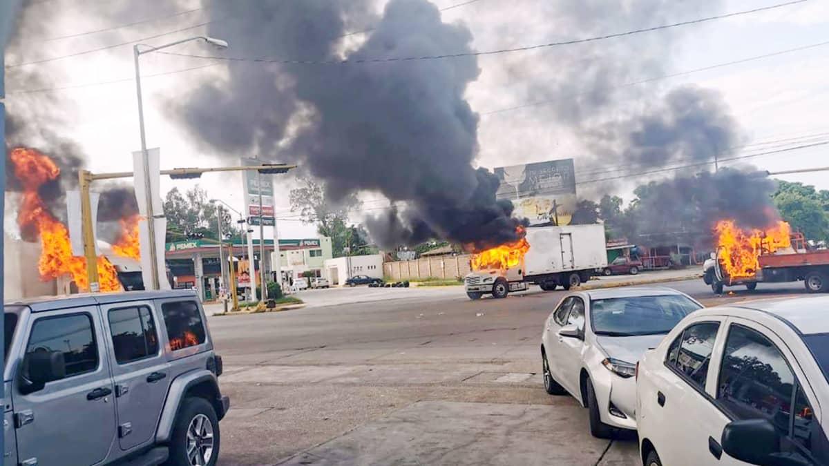 Raskas tulitaistelu seisautti suurkaupungin Meksikossa