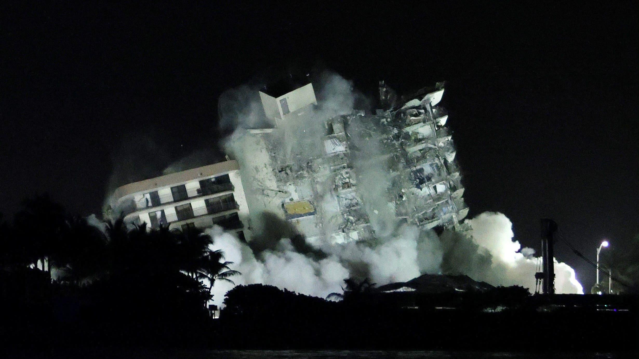 Floridassa osittain romahtanut talo räjäytettiin maan tasalle
