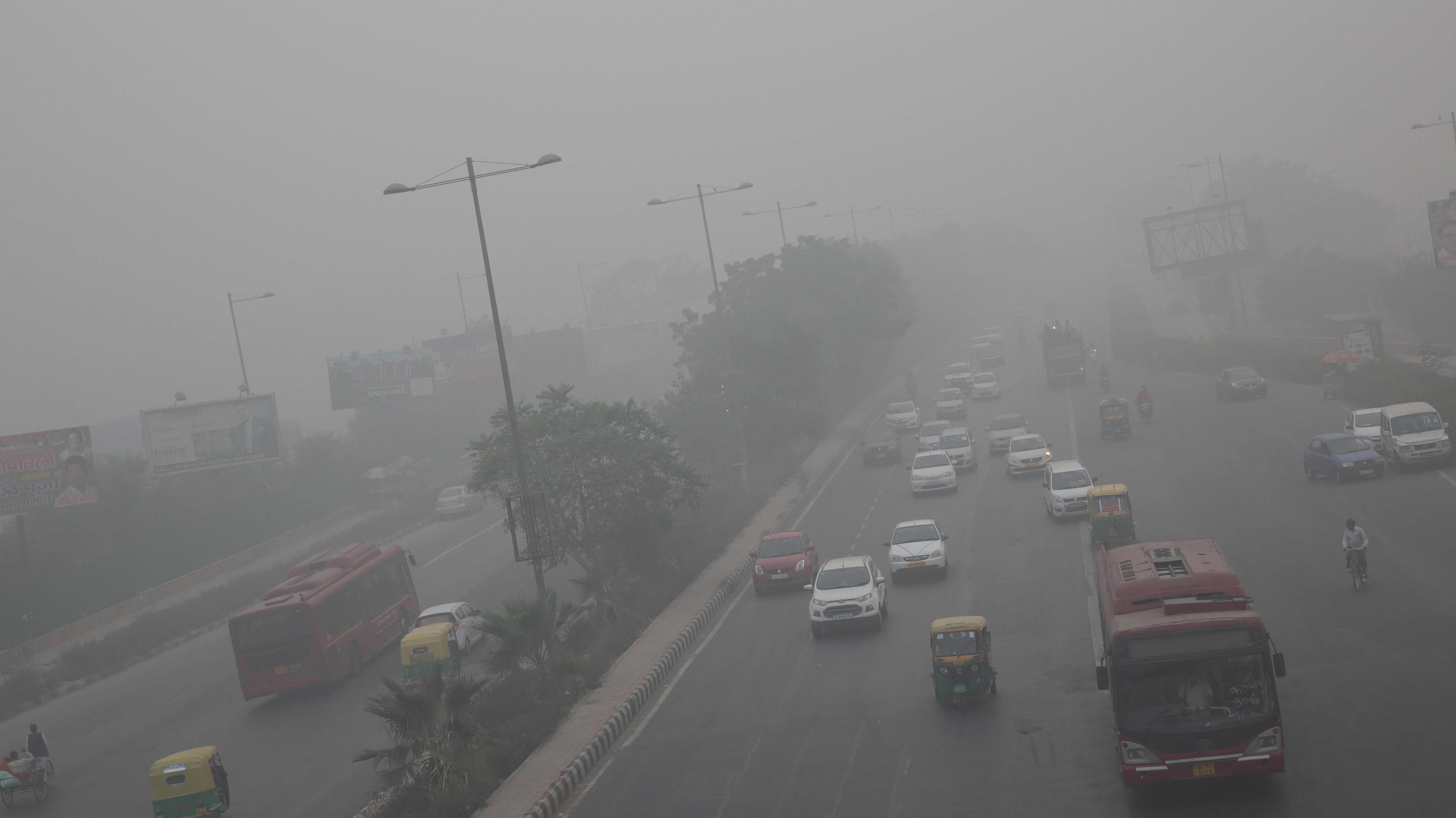 Savusumua New Delhissä