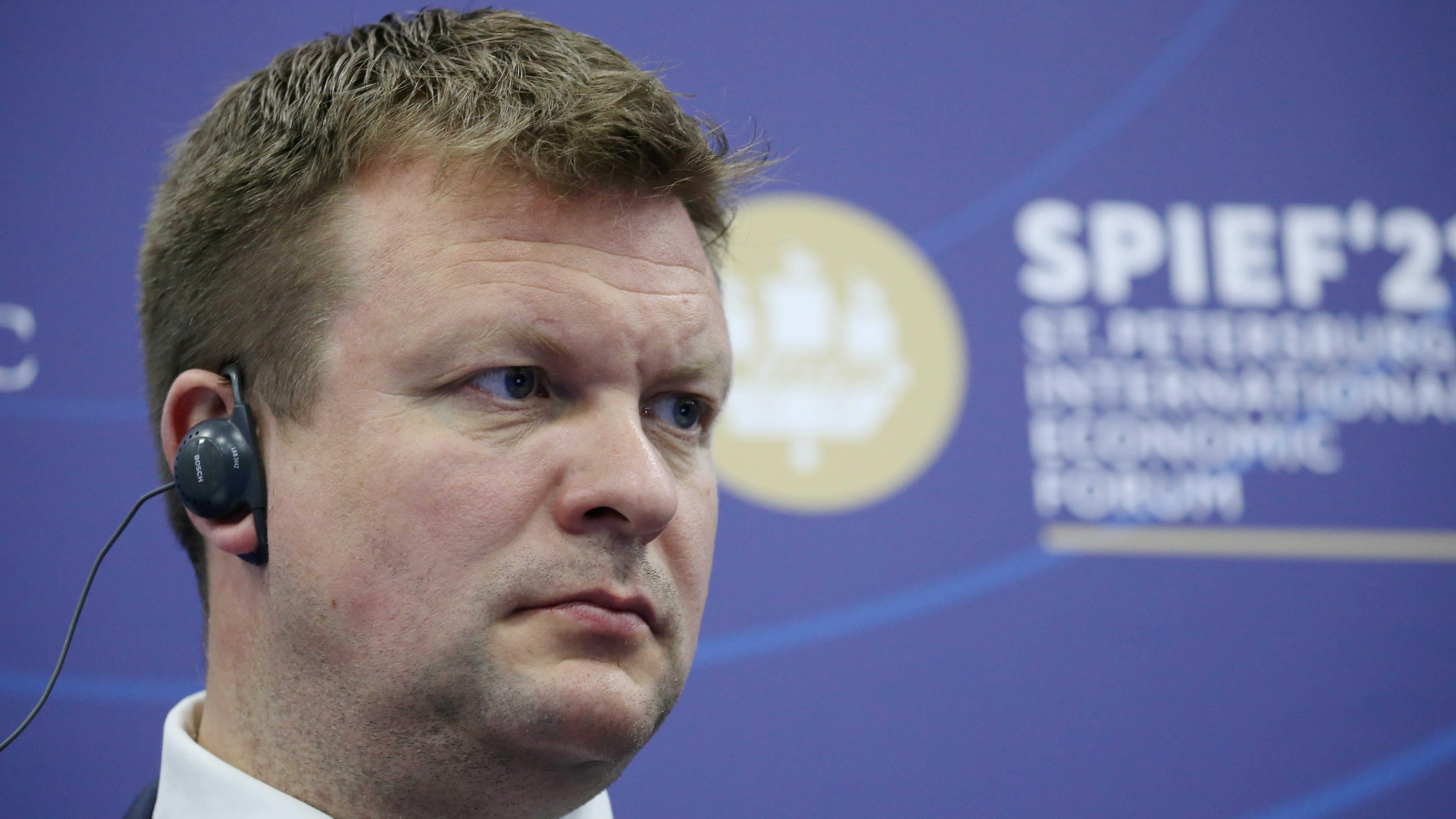 Kehitysyhteistyö- ja ulkomaankauppaministeri osallistui perjantaina Pietarissa talousfoorumin keskusteluun.