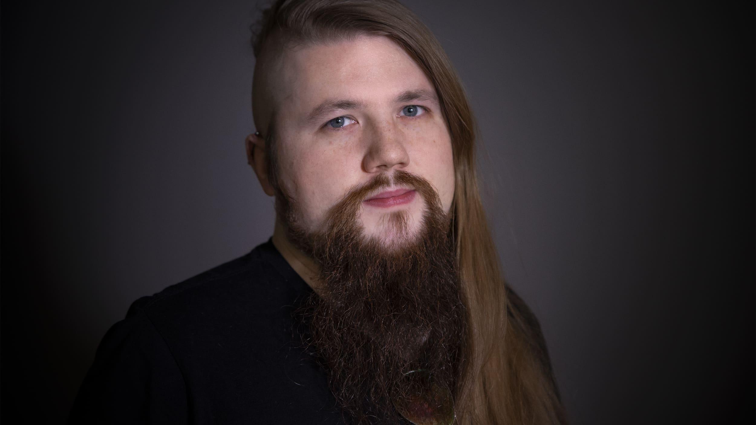 Toimittaja Tuukka Tervonen