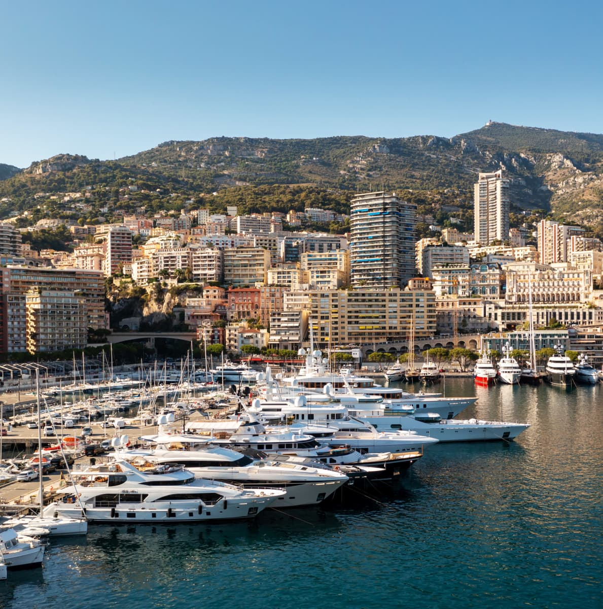 Rantanäkymää Monacon Monte Carlosta.