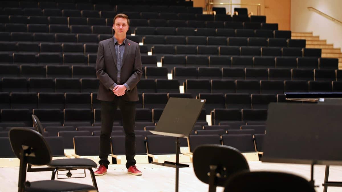Mikkelin kaupunginorkesterin intendentti Jaakko Antila konserttitalo Mikaelissa Mikkelissä.