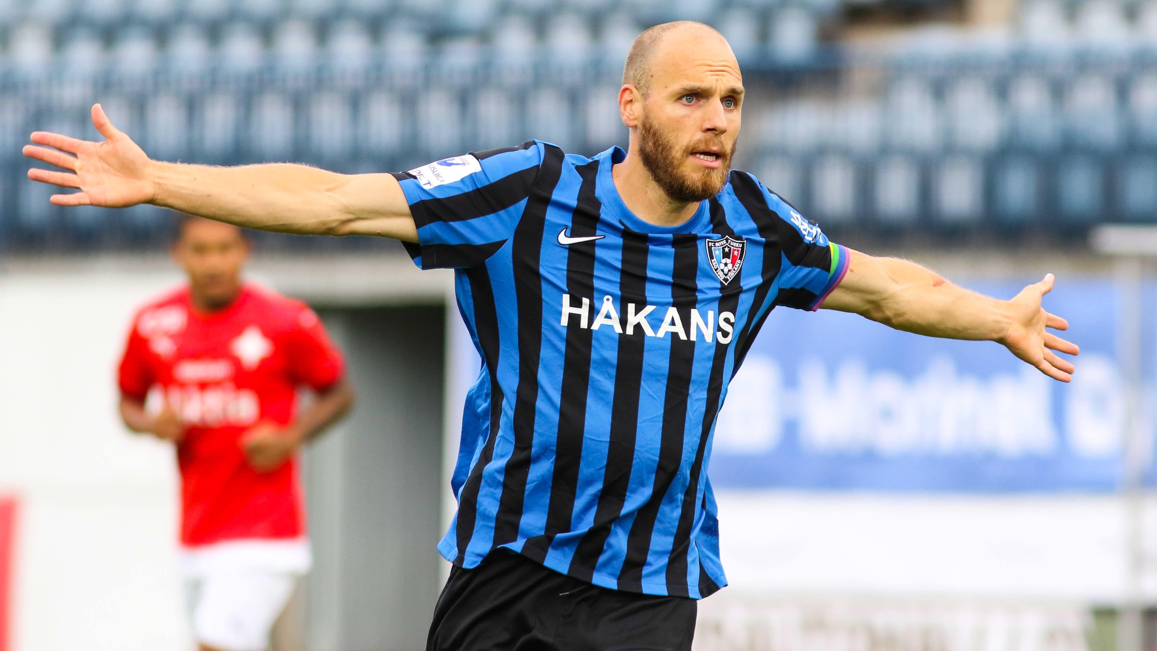 Timo Furuholm.