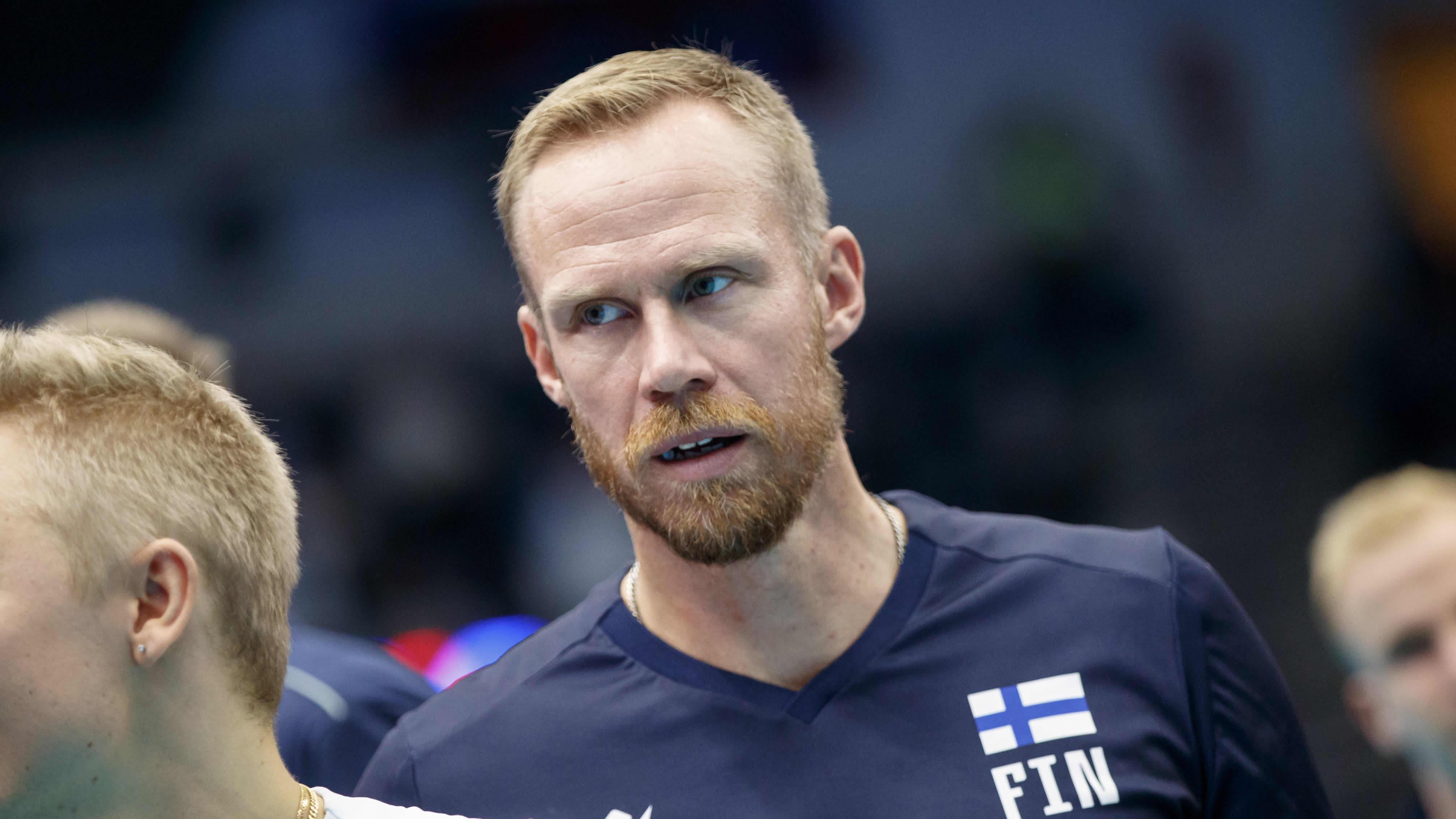 Mikko Esko kuvassa.