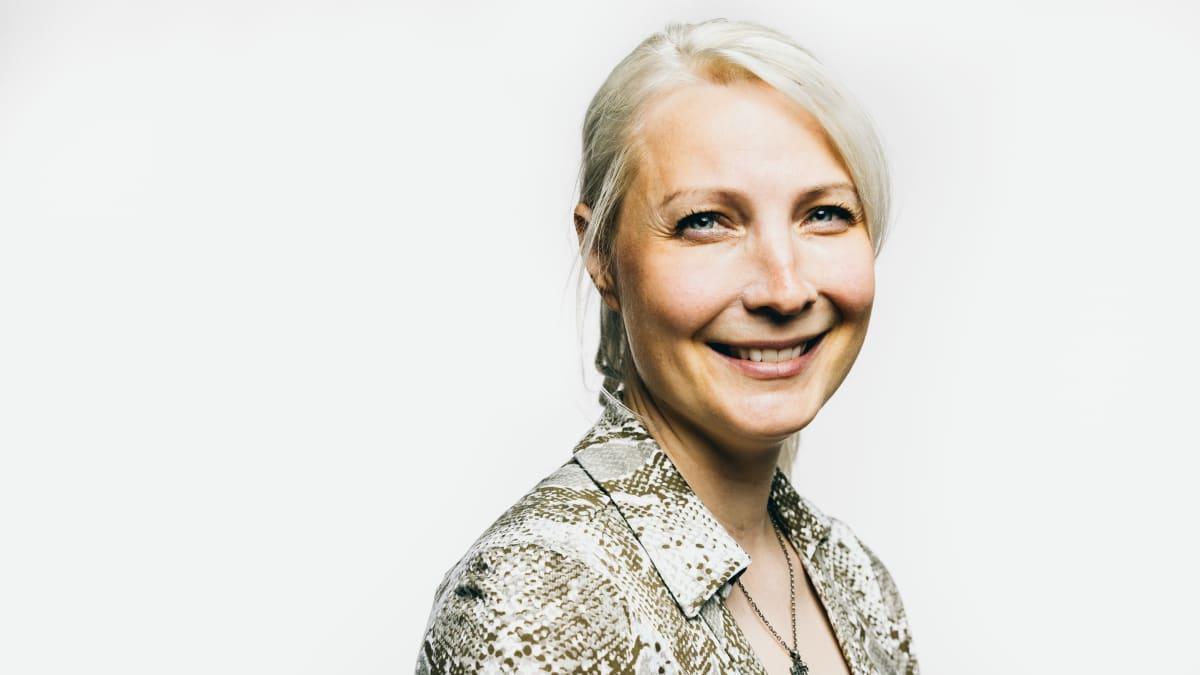 Europarlamentaarikko Laura Huhtasaaren mukaan hiilitullimekanismi iskisi Suomen talouteen