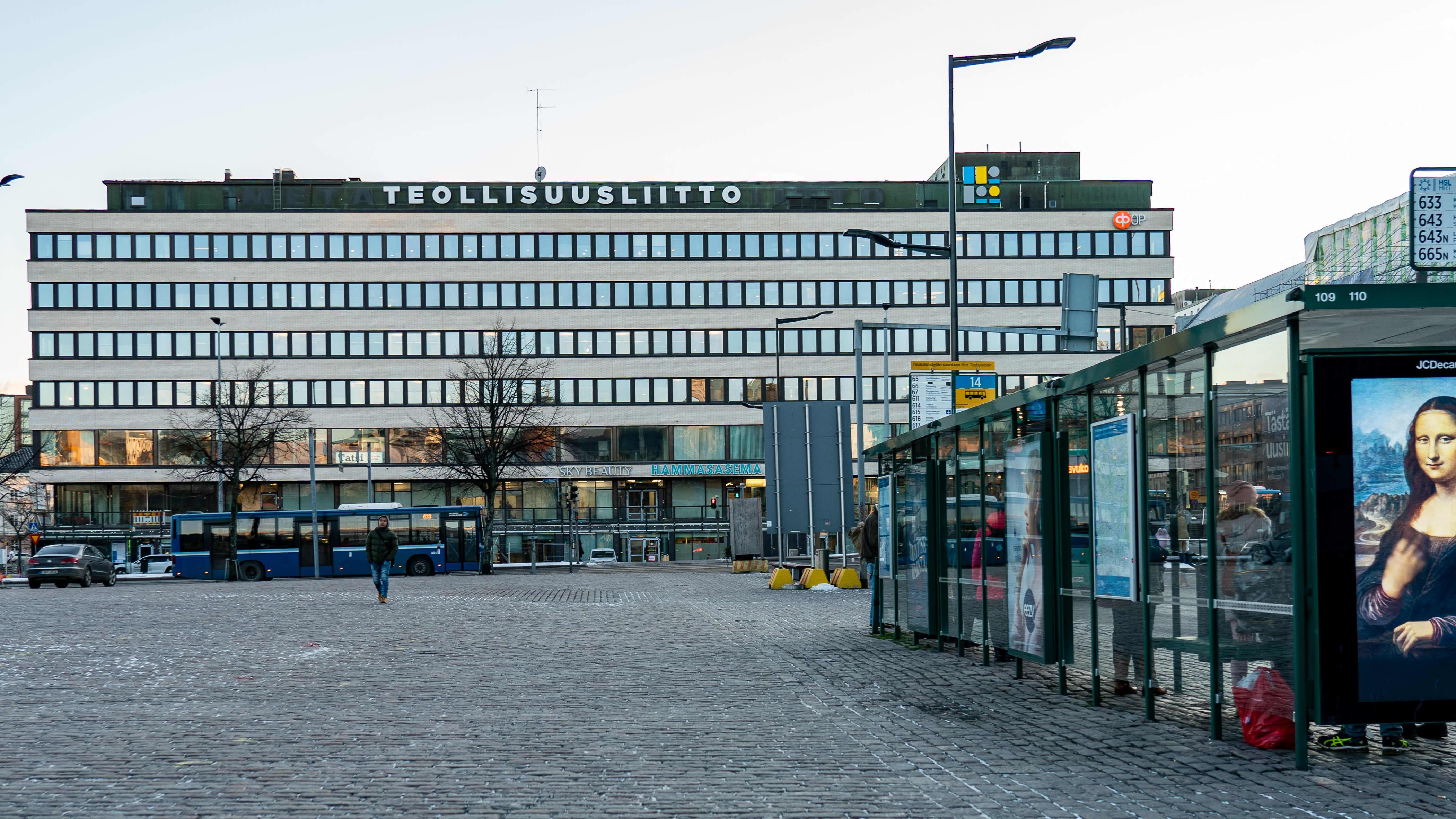 Teollisuusliiton talo Hakaniemessä.